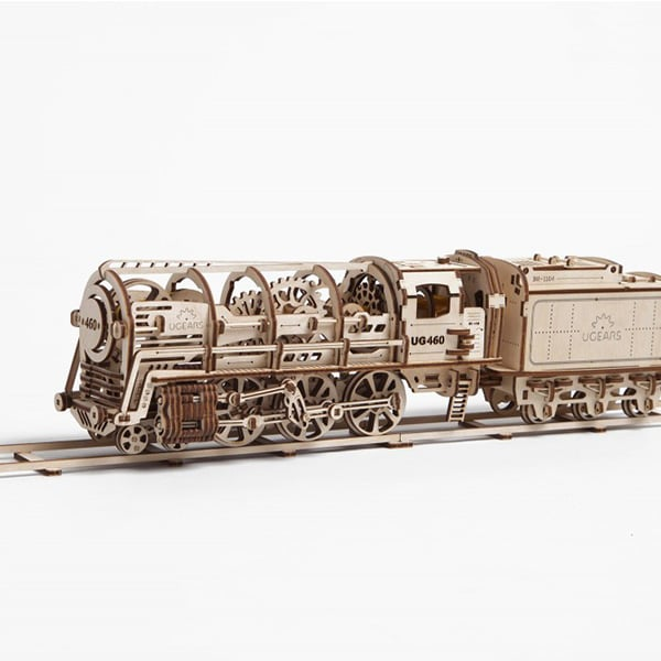 Steam Locomotive With Tender Model