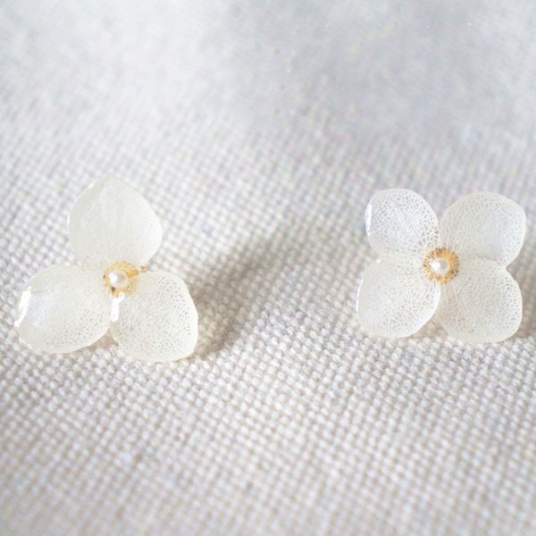 Preserved Flower Earrings