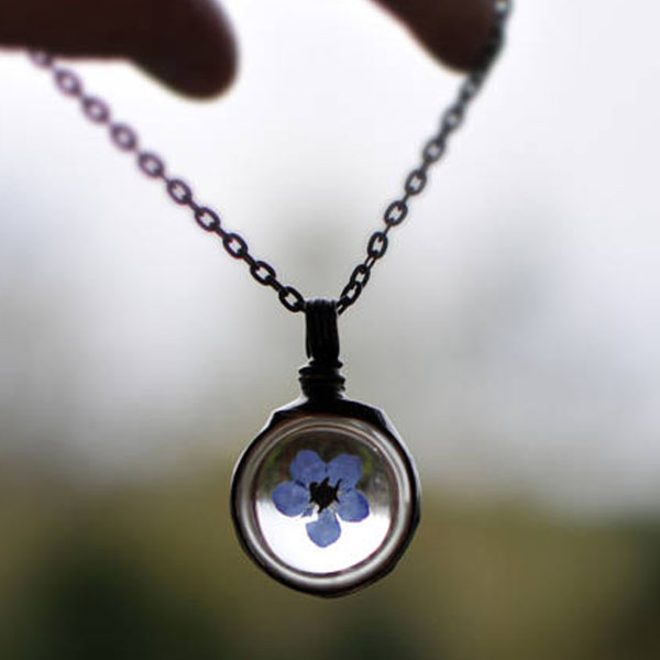 Forget-me-not Flower Necklace  (OUT OF STOCK)