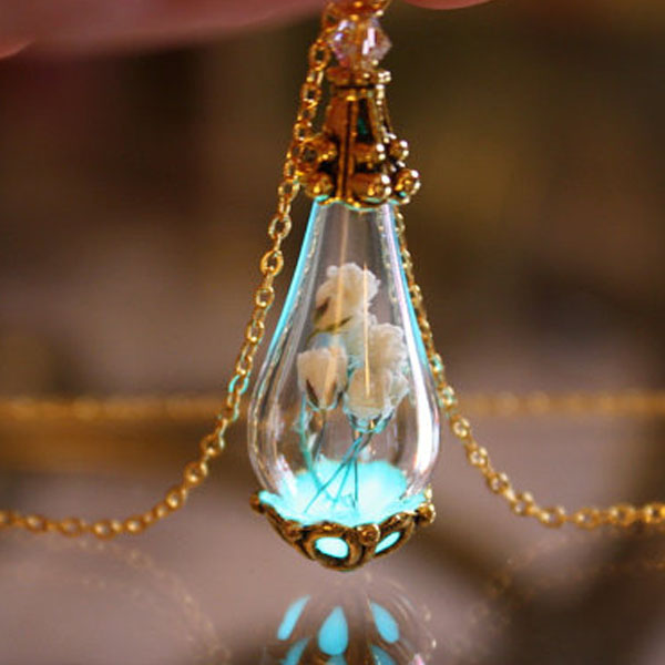 Baby's Breath Tear Drop Necklace