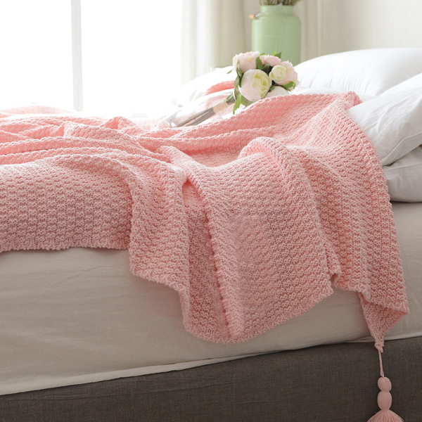 Knitted Throw Blanket With Tassels