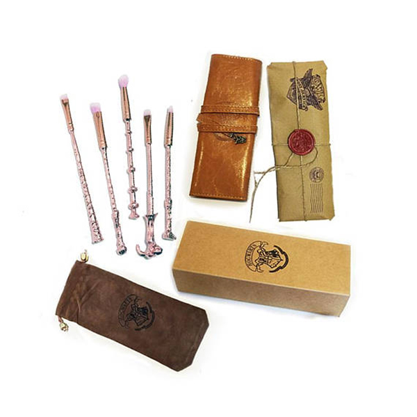 product thumbnail image for Hogwarts Wands Makeup Brushes
