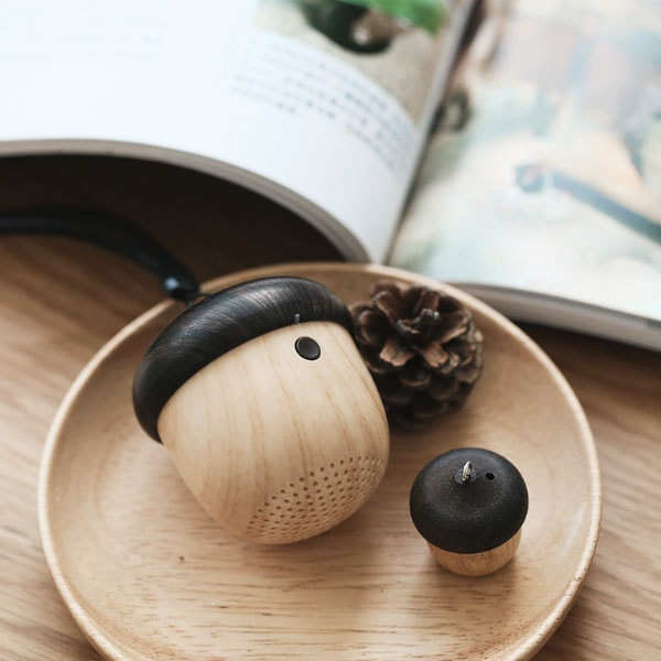 Chestnut Bluetooth Mini Speaker