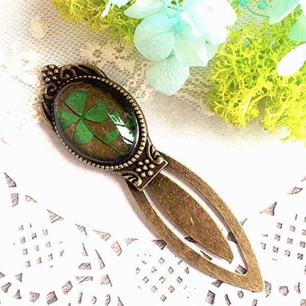 product image for Vintage Flower Bookmark