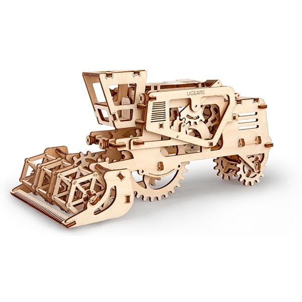 3D Self Propelled Model Combine