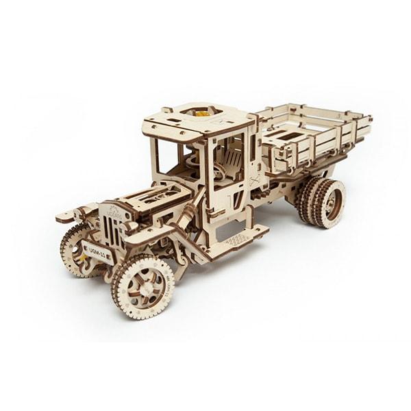 3D Self Propelled Model UGM 11 Truck